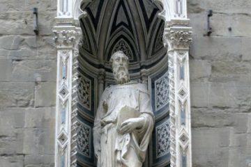 Донателло. Святой Марк. 1411-1413. Скульптура на фасаде церкви Ор Сан Микеле. Флоренция.