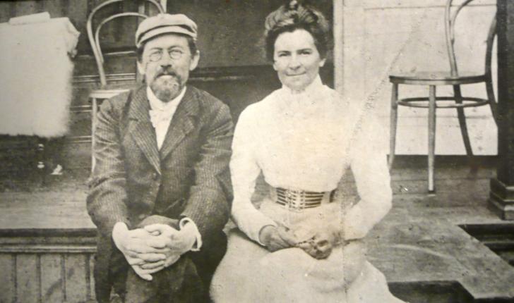 Антон Чехов и Ольга Книппер. Ялта, 1901.