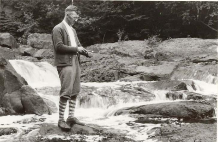 Питирим Сорокин на рыбалке. Фото 1939 г. США.