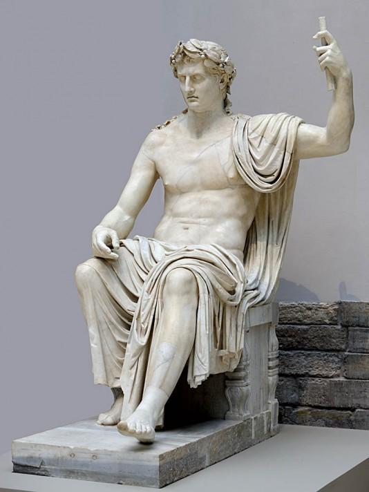 Неизвестный автор. Император Август в образе Юпитера Капитолийского. 45-50 гг. н.э. 215 см. Национальный археологический музей, Неаполь.