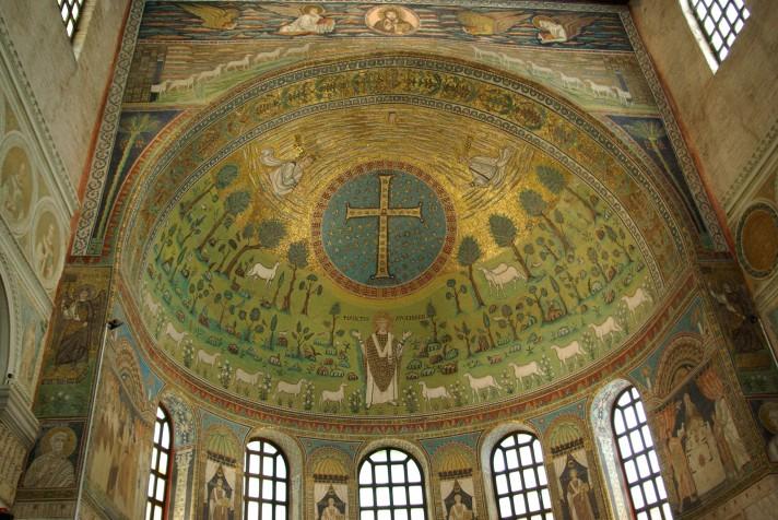Неизвестный автор. Преображение Господне. Мозаика апсиды церкви Сант-Аполлинаре-ин-Классе, Равенна. VI век.