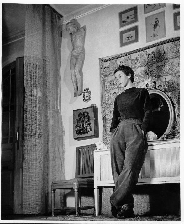 Туве Янссон в своей мастерской. Фото 1956 г.
