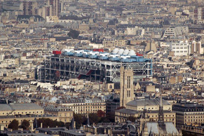 Вид на Центр Помпиду с Монпарнаса. Источник https://upload.wikimedia.org/