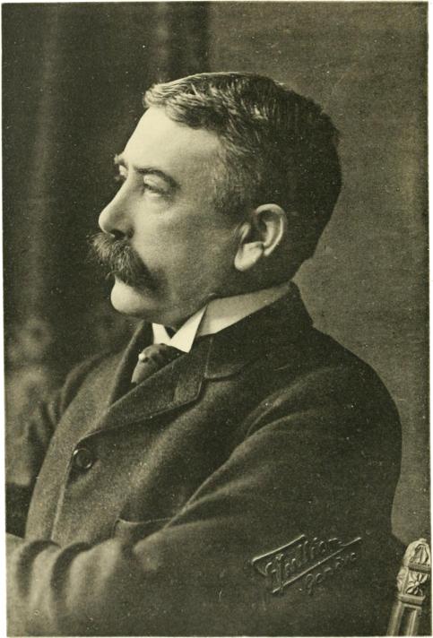 Фердинанд де Соссюр (1857-1913) Источник https://upload.wikimedia.org/